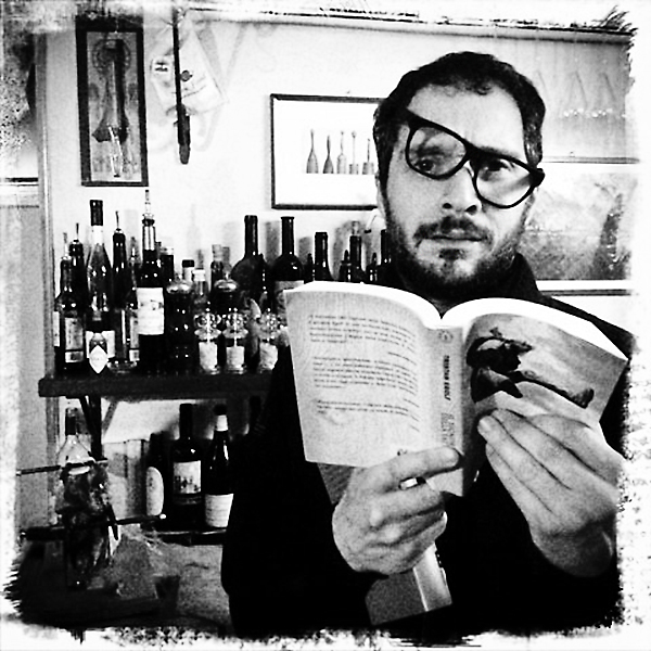 Claudio Santamaria, the book and the wine